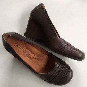 EUC Gentle Souls / Kenneth Cole leather wedges
